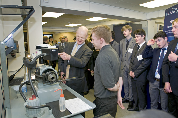 Science Minister David Willetts meeting Apprentices in RAL Space Precision Development Facility